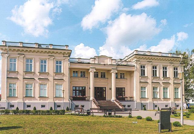Восстановленный дворец Друцких Любецких